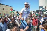 المئات يتظاهرون في عمّان وقرب الحدود تضامناً مع الفلسطينيين.          #غزة.        #العبدلي_نيوز